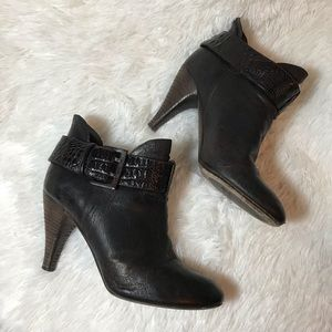 Donald J. Pliner Brown Black Ankle Booties 8 Heels